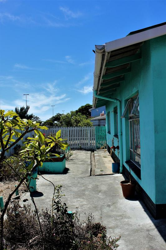 House For Sale in Ravensmead, Cape Town