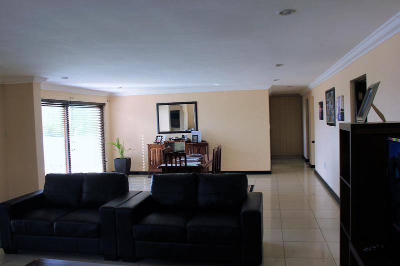 House For Sale in Rouxville, Kuilsriver